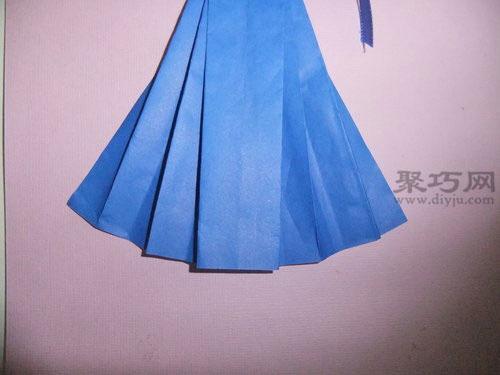 手工折纸裙子的叠法 折带蝴蝶结的裙子