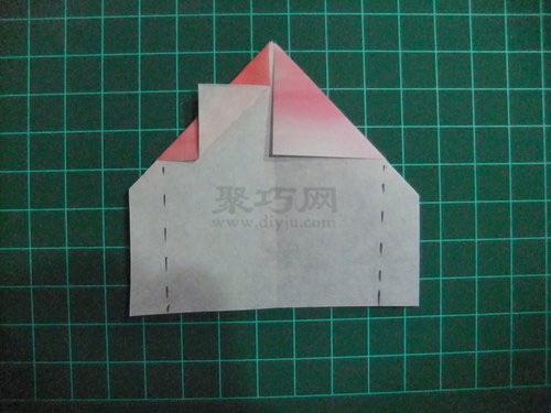 小房子折纸步骤图 折叠带烟囱的纸房子
