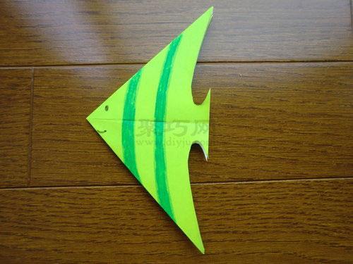 天上飞的折纸教程,今天海底动物世界来了