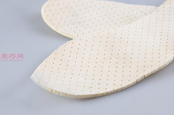 白色网球鞋脏了怎么清洗干净 刷网球鞋方法 14