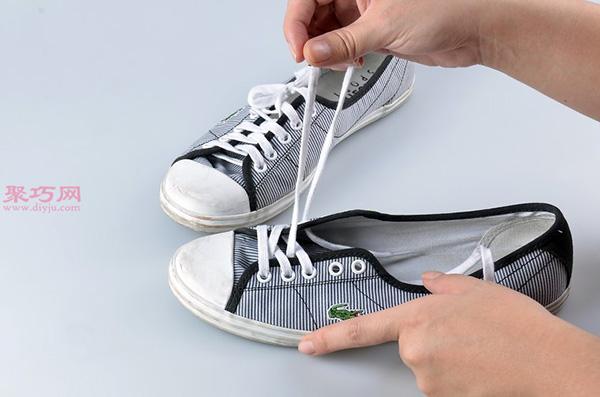 白色网球鞋脏了怎么清洗干净 刷网球鞋方法 3