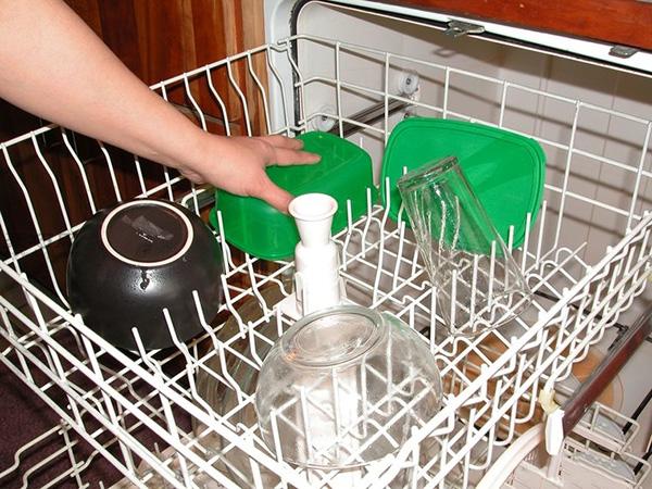 洗碗机怎么装填洗的更干净 家用洗碗机如何用 9