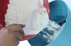 用面粉制作火山模型方法 教你如何自制火山模型