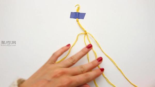 如何编织圆点手绳