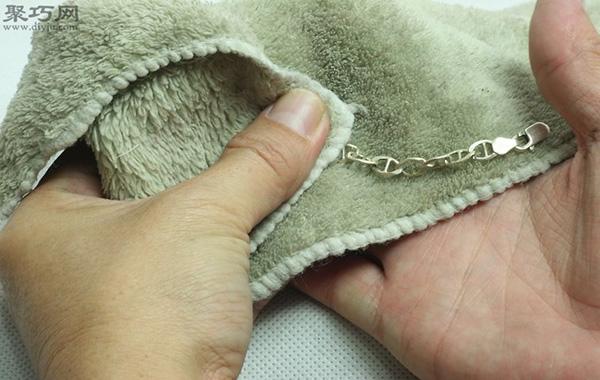 如何清洗纯银饰品 9