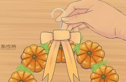 手工DIY南瓜花环方法 一起学如何DIY万圣节花环