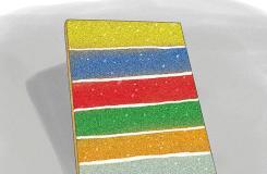 如何装饰笔记本 用成条的亮粉装饰笔记本图解教程