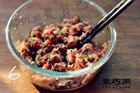 纯蛋饺子皮怎么做 猪肉蛋皮饺子做法8