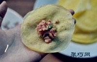 纯蛋饺子皮怎么做 猪肉蛋皮饺子做法15