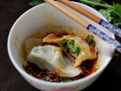 鲜嫩韭菜虾肉猪肉饺子馅拌法 饺子包法木鱼饺