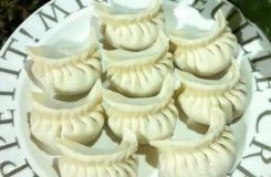 月牙饺子的包法 胡萝卜芹菜饺子怎么包