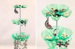 塑料瓶废物利用手工制作个性首饰架方法