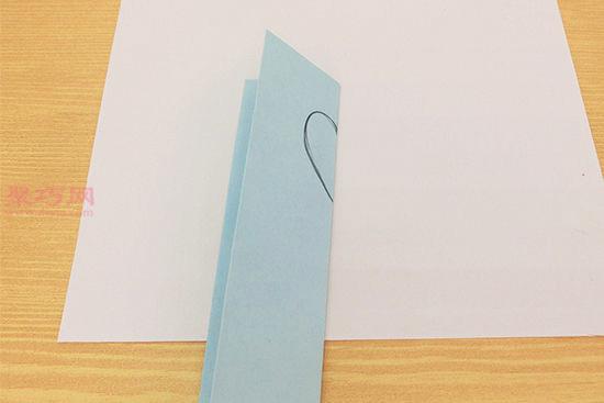 用彩色卡纸DIY手工自制心形相框