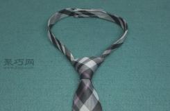 方便佩戴的西服领带纯手工制作方法