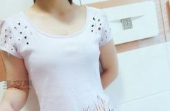 旧衣变身时尚攻略 教你旧T恤改造潮流破洞流苏衫