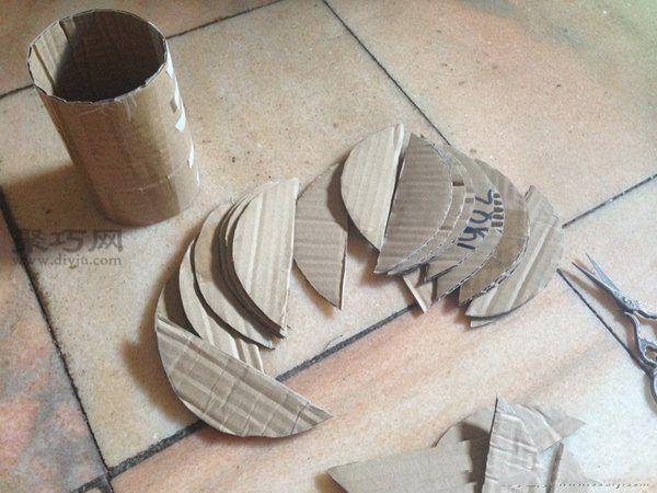 废纸盒和超轻粘土做的花艺摆件 第3步