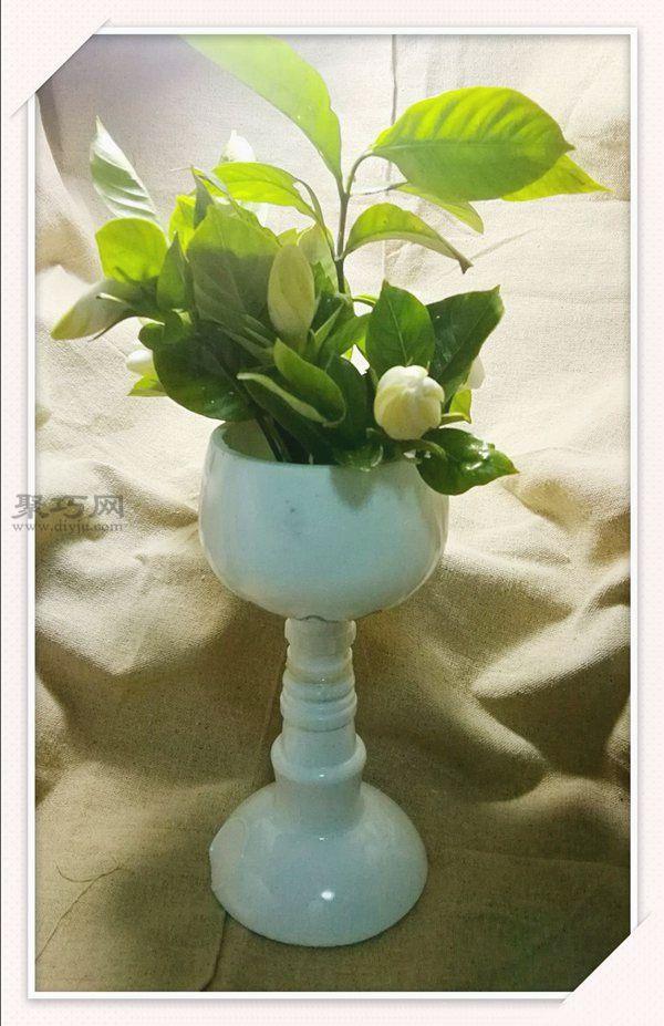 废旧酒瓶改造美美的花器和烛台