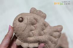 布艺DIY玩具 十步教你做鲤鱼布娃娃玩具