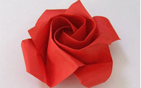 一朵红色纸玫瑰的折法 折纸玫瑰花步骤图解