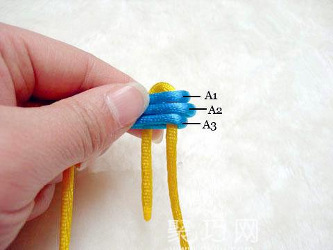 中国结之宝结二宝3套结的编法步骤5