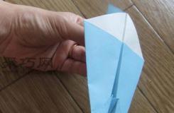 用纸折喷气飞机的折法 如何手工折纸喷气机