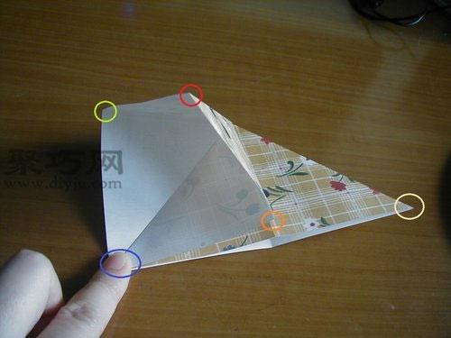 千纸鹤的折法第6步