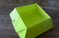 DIY折纸正方形盒子 底部宽的正方形盒子的折法