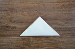 A4纸折信封的方法 三角形信封折法图解
